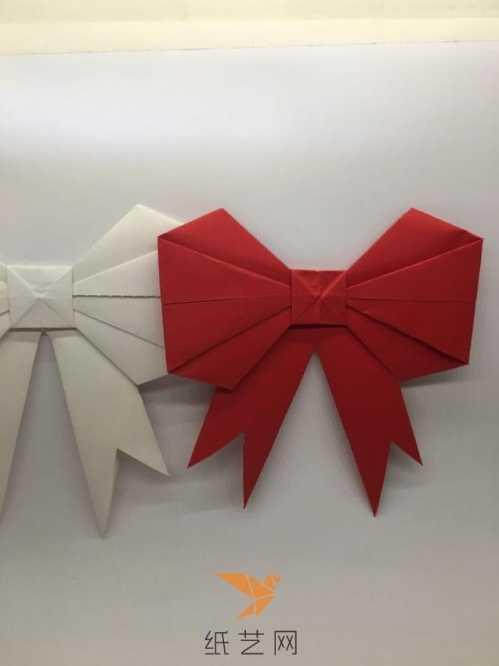 怎么用纸折蝴蝶结 一张纸制作折纸蝴蝶结的方法