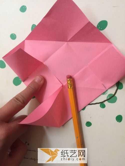 怎么折有趣的折纸玩具 教你折出有趣好玩的纸陀螺