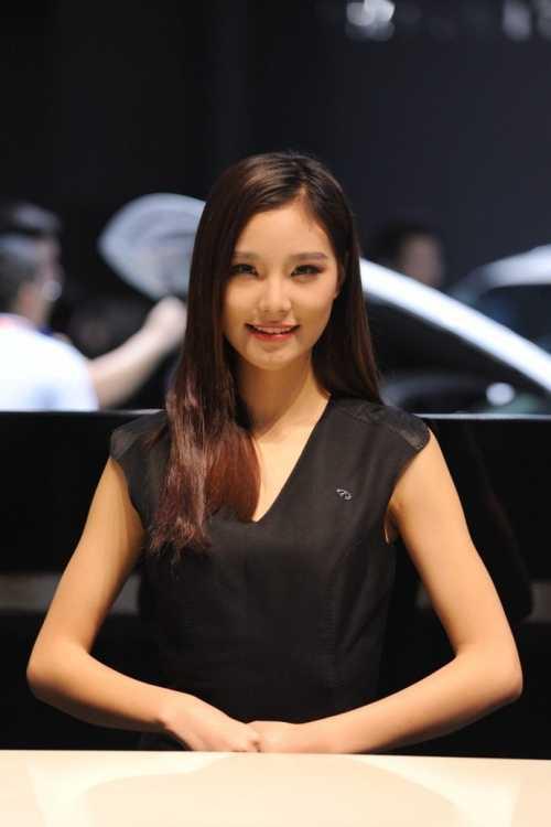 2014广州车展模特 2015广州车展模特