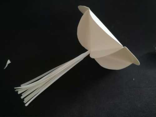 绣球制作 简单易学的手工diy彩纸绣球吊饰制作步骤图
