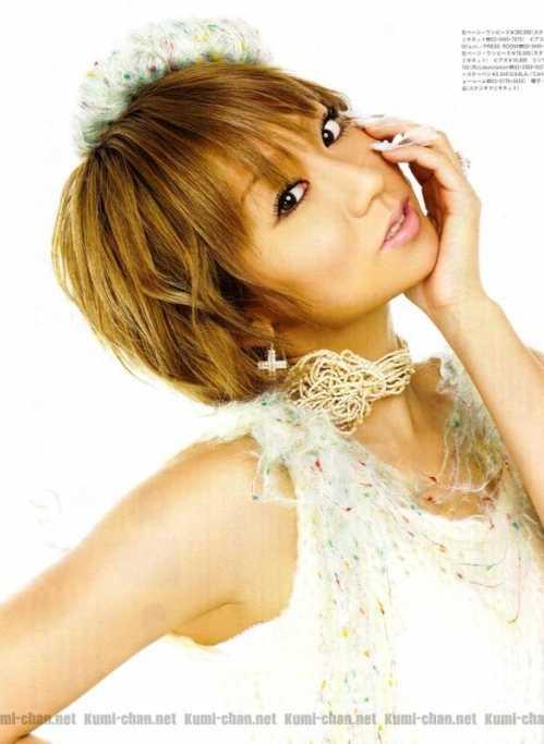 张惠妹模仿安室奈美惠 她们之中谁是舞跳的