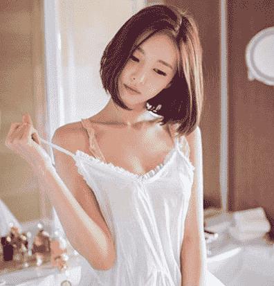 短发烫发图片 2018年女生短发卷发发型图-