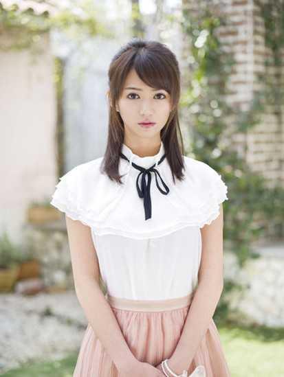 麻生希穿婚纱那部番号 最好看日本温泉系列av