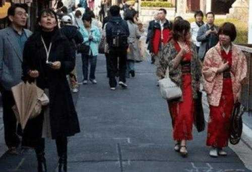 日本留学生来中国后感叹 日本人对留学生