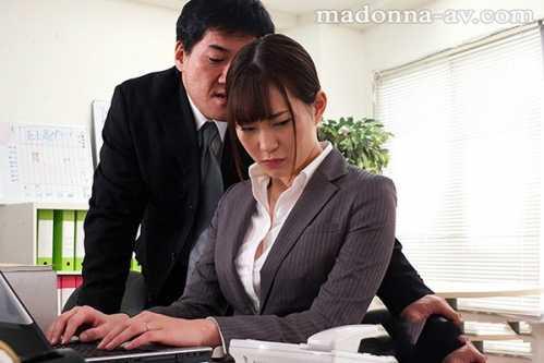 被讨人厌的上司连续硬上 日本上司的好番号