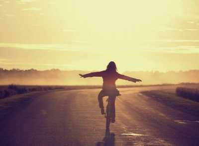 用努力使自己走向成功 人生感悟的文章