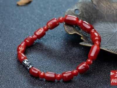 珊瑚手串对女性的作用 珊瑚手链