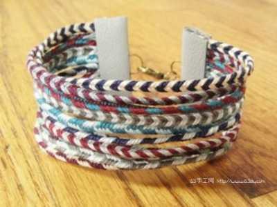 色彩绚丽的宽版编绳手链方法图解 宽手链编法