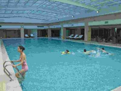 自家别墅地下室建小型游泳池设计方案图 地下室能做游泳池吗