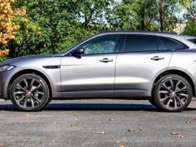捷豹F-Pace SUV在最新的间谍照片中透露了内饰和手动包装盒 捷豹suv内饰