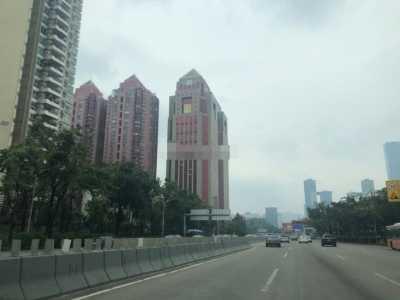 深圳中银大厦21楼不让去真的假的 深圳中银大厦为什么是红色