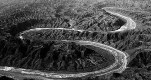 世界上著名的十个未解之谜 世界四大自杀森林