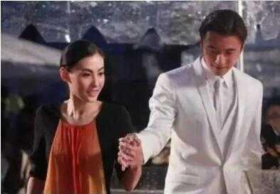 原来这就是张柏芝和谢霆锋当年离婚的内幕 张柏芝离婚后