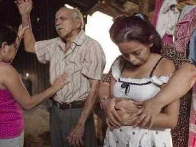 十四岁女孩怀上亲生父亲的孩子 女儿为父亲生下孩子